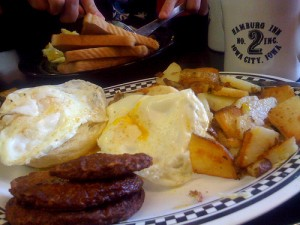 Breakfast at The Hamburg Inn